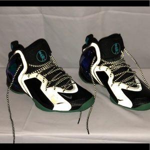 Nike Penny Hardaway's. Glow in the dark reflectors